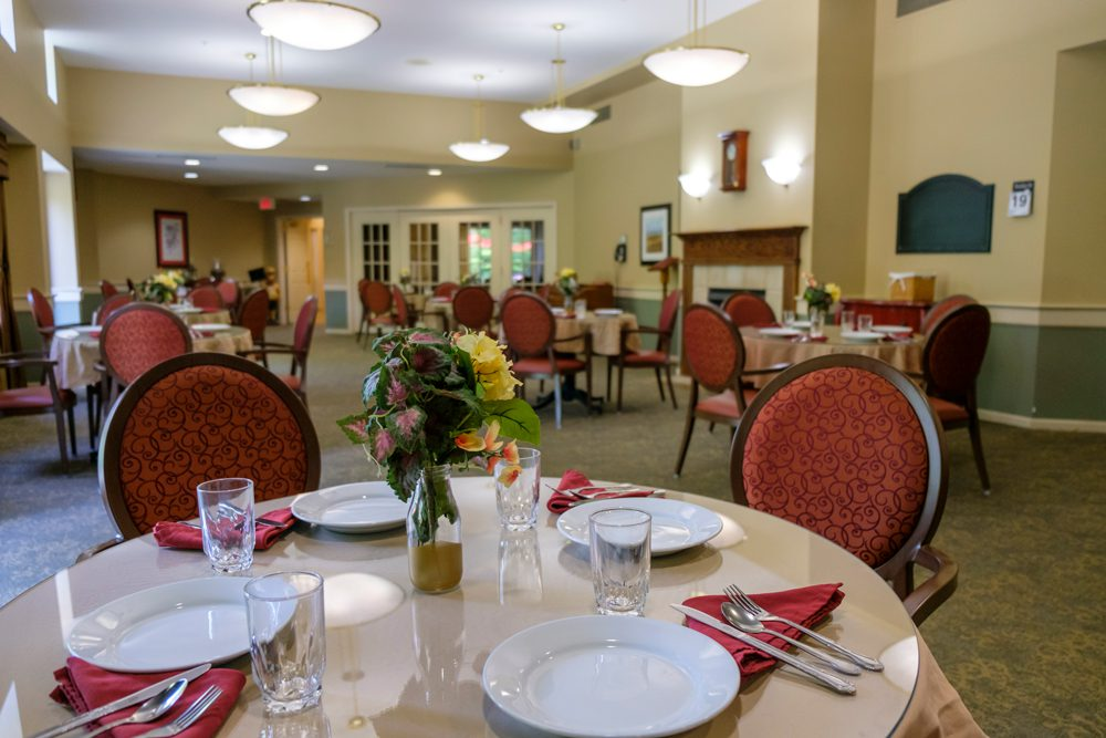 The New Albany dining room with tables set
